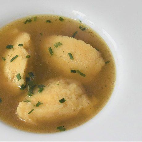 Grießklöße (für Suppen oder als Süßspeise)