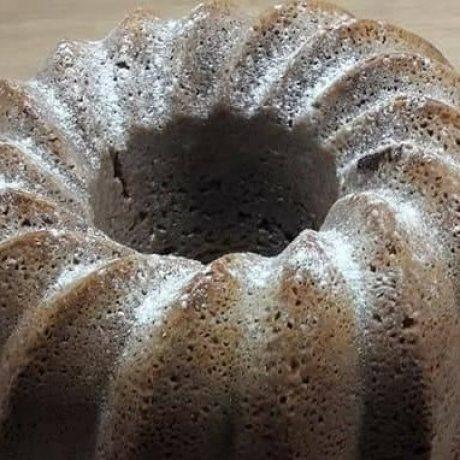 Hanf – Schokoladen – Haselnuss – Eierkuchen mit frischen Sauerrahm