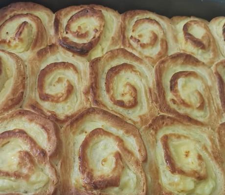 Fluffige Pudding – Mandelmilch – Schnecken