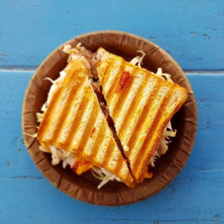 Toastschnitten mit Schinkencreme