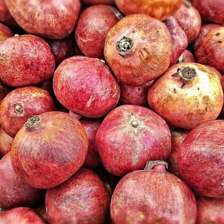 Mousse mit Granatapfel
