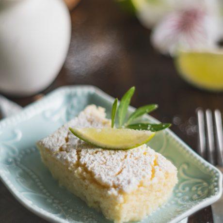 Einfacher Zitronenkuchen vom Blech