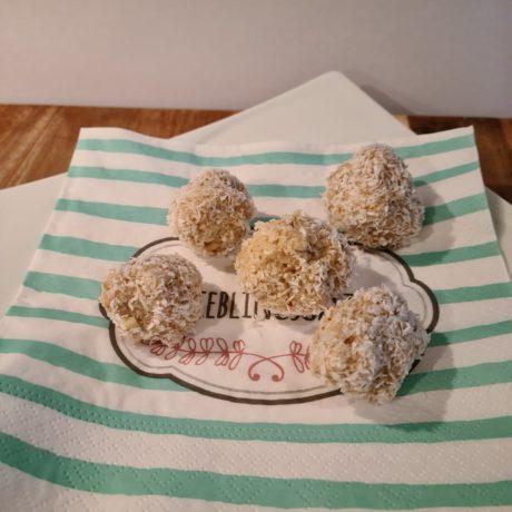 Vegane Kokos-Schneebällchen