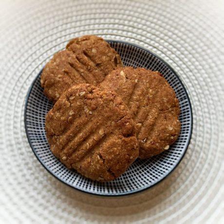 Erdnussbutter-Dattel Kekse