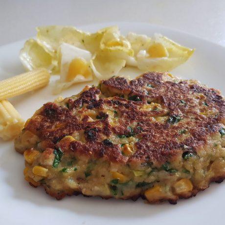 Mais-Polenta-Puffer mit Chiccoreesalat
